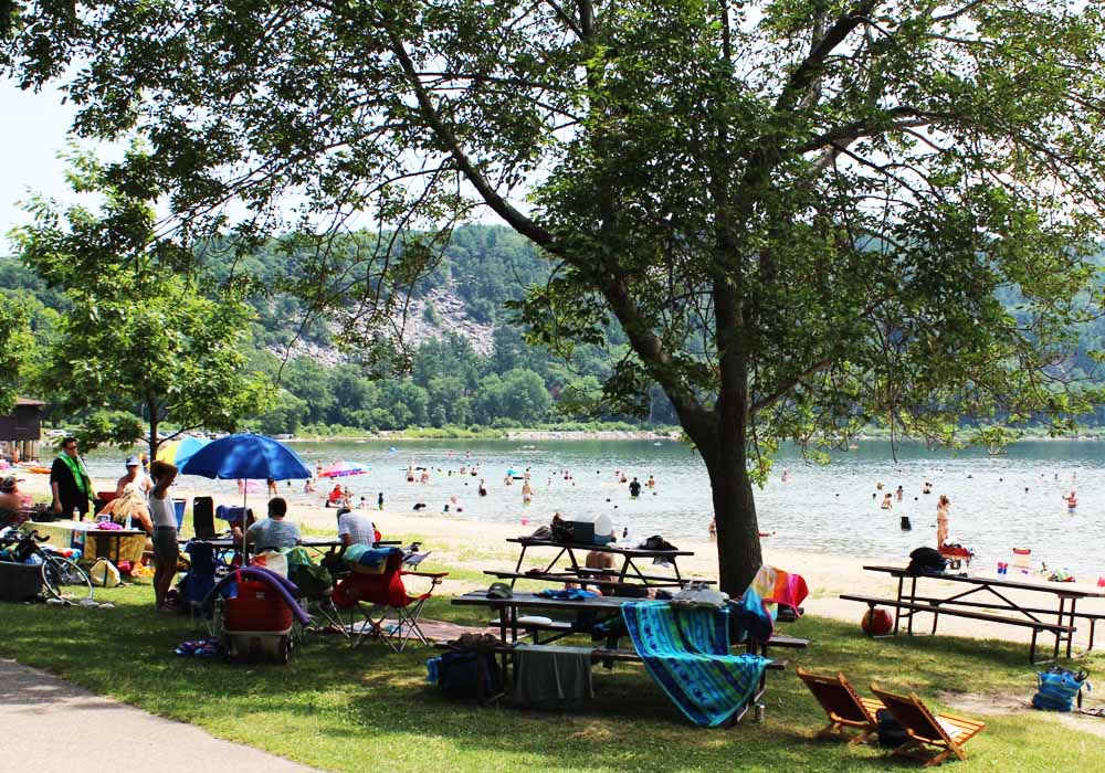 baraboo devils lake beach